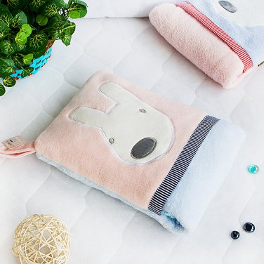 TB-CB003-PINK [Pink Rabbit] Fleece Throw Blanket Pillow Cushion (28.3 by 35.1 inches)