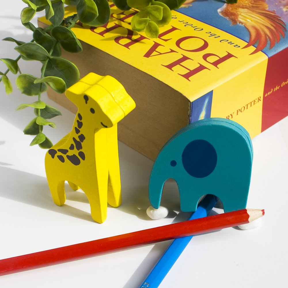 HC-CH004-GE[Giraffe & Elephant] - Card Holder / Wooden Clips / Wooden Clamps / Animal Clips
