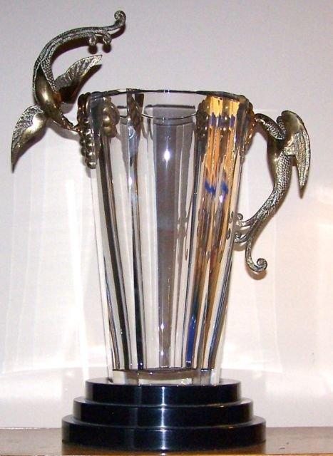 Erte romain de tirtoff baccarat bronze crystal vase for Vase antique romain