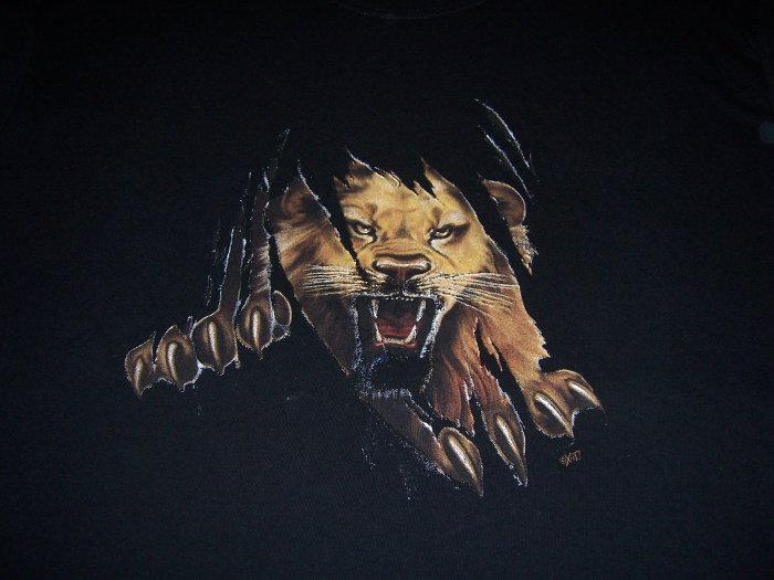 Lion T-shirt Large  Item # 5