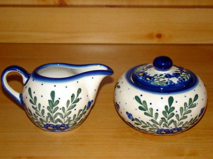 Polish Pottery Sugar and Creamer Signature Starburst  WR Unikat Boleslawiec Poland