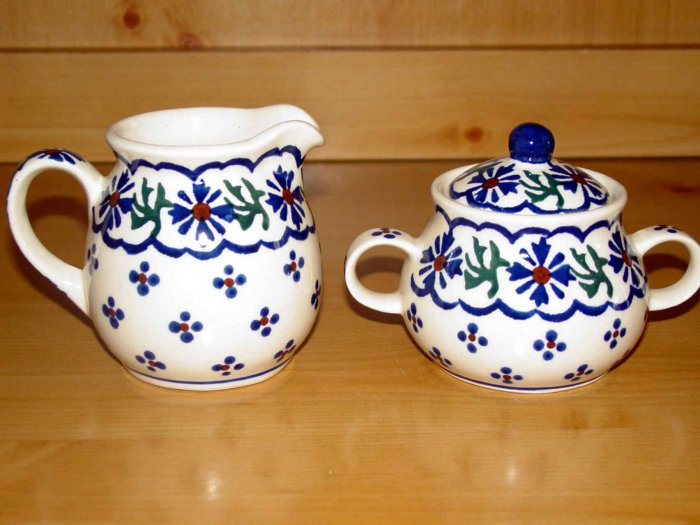 Polish Pottery Sugar & Creamer Set Country Flower Wiza Boleslawiec Poland
