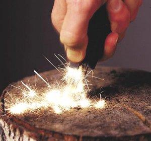 SINGLE HANDED FIRE STARTER FLINT+RULER+WHISTLE TOOL SETS