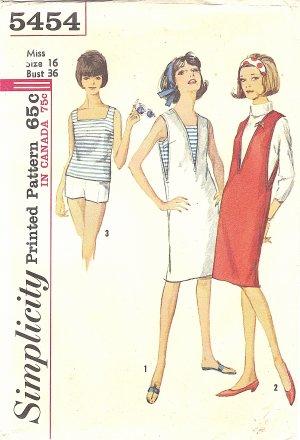 Simplicity #5454 Misses 1960s Summertime V-Neck Jumper / Top / Shorts Bust 36 Pattern