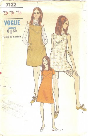 VOGUE #7122 Misses 1970s Two Length Jumper or Dress w/ Seam Interest & Shorts Bust 31 FF Pattern