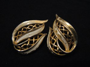 Vintage Gold Tone and White Filigree Wave Leaf Clip Earrings
