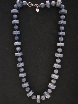 Vintage 1977 Sarah Coventry Stone Age Blue Marble Lucite Bead Choker Necklace
