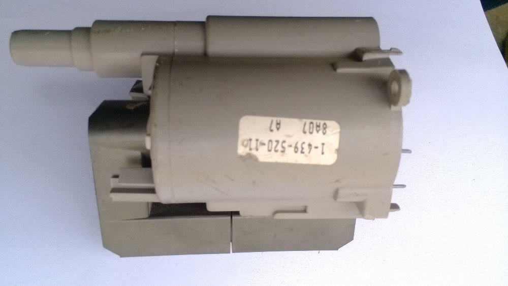 1-439-520-11 flyback transformer FOR SONY TV