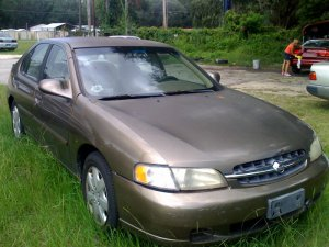 Nissan Altima GXE