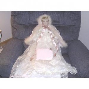 Ashton Drake Victorian Bliss Collectors Doll