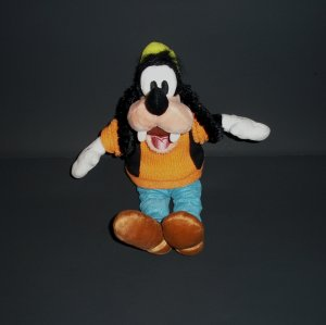 "9"" Authentic Original Disney Parks Disneyland Goofy Plush Stuffed Toy"