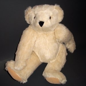 "Authentic Vermont Teddy Bear® Buttercream Plush 15"" tall Black Nose Dark Green Thus Tag"
