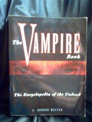 Vampire Book (Encyclopedia of the Undead)