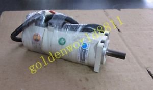 Panasonic servo motor MSM011P1E good in condition for industry use