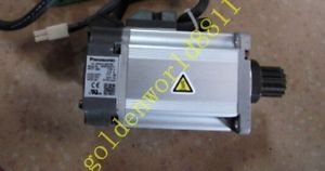 Panasonic servo motor MSMD042P1A good in condition for industry use