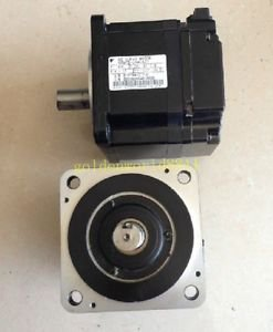 Yaskawa AC servo motor SGMPS-01A2A21 good in condition for industry use