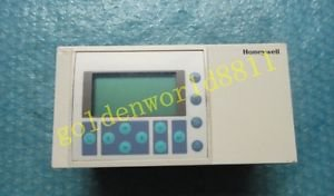 Honeywell DDC controller XL20 CH/XL20CH good in condition for industry use