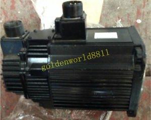 Yaskawa servo motor SGMGH-05ACA2B good in condition for industry use