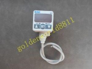 SMC Pressure sensor ZSE40-W1-22L-M good in condition for industry use