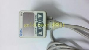 SMC Digital pressure sensor ISE40-01-22L-M good in condition for industry use