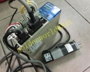 OMRON servo R7D-AP01H + R7M-A10030-S1 good in condition for industry use