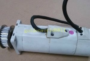 PANASONIC SERVO MOTOR MSMA042C1D good in condition for industry use