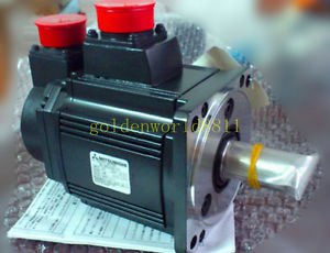 NEW Mitsubishi servo motor HC-RFS103-S1 good in condition for industry use
