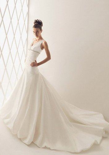 A-Line V-neck Chapel Train Organza Satin Bridal Dresses