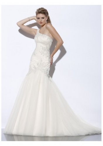 Trumpet applique one-shoulder wedding dresses