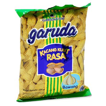 Garuda Kacang Kulit Rasa Bawang 100 gram roasted peanuts garlic flavour