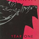 Batman: Year One Deluxe by Frank Miller and David Mazzucchelli (2007, Paperback)