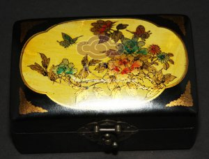 CHIENSE ETHNIC PAINTING BLACK LEATHER FLOWER ANTIQUE VINTAGE  JEWELRY BOX CASE