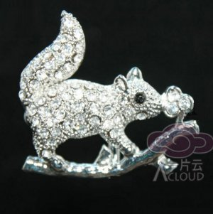 SQUIRREL CLEAR RHINESTONE CRYSTAL SWEATER COAT DRESS BAG CORSAGE BROOCH PIN