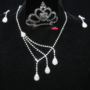 WEDDING BRIDAL RHINESTONE CRYSTAL PEAR EARRINGS NECKLACE SET & MINI CROWN