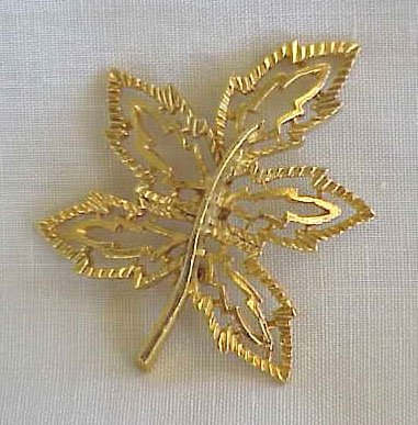 Gerry's Goldtone Leaf Brooch
