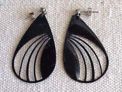 Classy Art Deco Black Enamel Earrings -  FREE SHIPPING - Memory Lane Collectibles