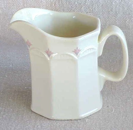 Classic Design Creamer with Pink Trim - Memory Lane Collectibles