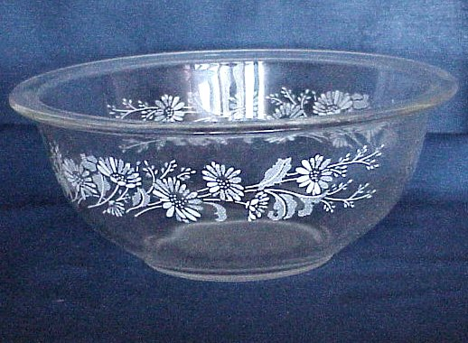 Pyrex Mixing Bowl - Clear Glass with White Daisies
