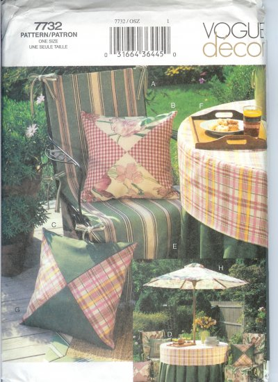 V7732 Vogue Pattern Decor Patio Accessories