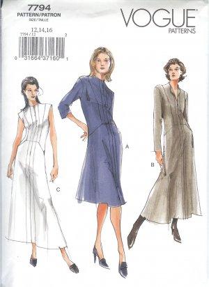 V7794 Vogue Pattern Dress Misses/Miss Petite Size 18, 20, 22