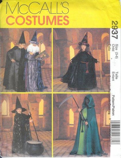 M2937 McCalls Pattern Cape Costume Child/Boys/Girls Size 3 - 6