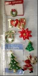 Christmas Pins and Brooches - HOLLYCRAFT , AAI