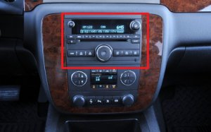 NEW UNLOCKED 2008-2012 GMC Savana SIERRA TRUCK W/T CD Radio 3.5 MP3 IPOD INPUT
