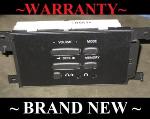 2000-2001 FORD EXPEDITION OEM REAR RADIO AUDIO CONTROLS