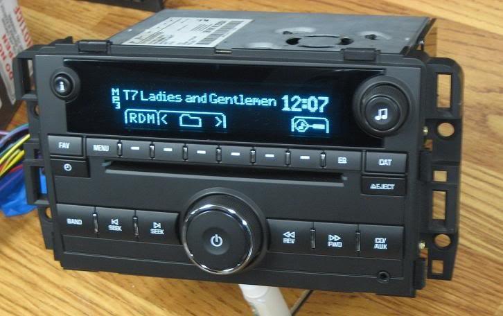 NEW UNLOCKED 2007-2013 GMC Suburban SIERRA SILVERADO RADIO CD MP3 Truck / SUV
