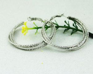 18K White Gold Etched Hoop Earrings