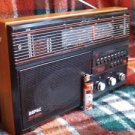 VINTAGE SOVIET USSR VERAS RP 225 RADIO MW LW UKW SW SHORTWAVE RADIO 1990