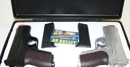 Kit of 2 Air Soft Pistols  Guns in Case - FREE Shipping