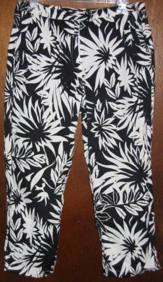 Black/White Tropical Print Pantsuit Crop Pants Medium/Large