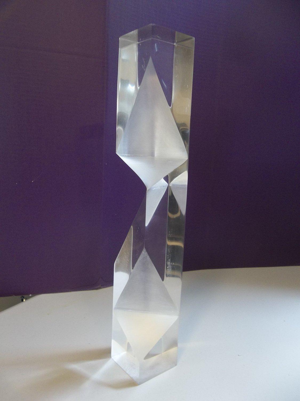 Vtg Faceted Modern Lucite Acrylic Prismatic Sculpture